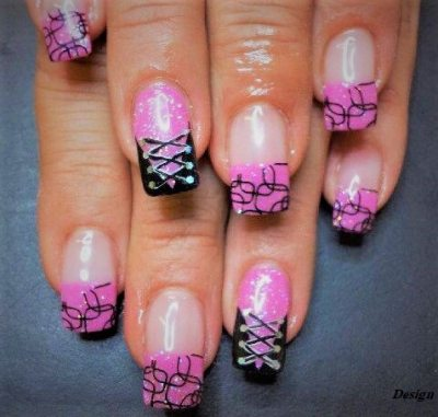 Nail design in pink and black color. Very sweet de